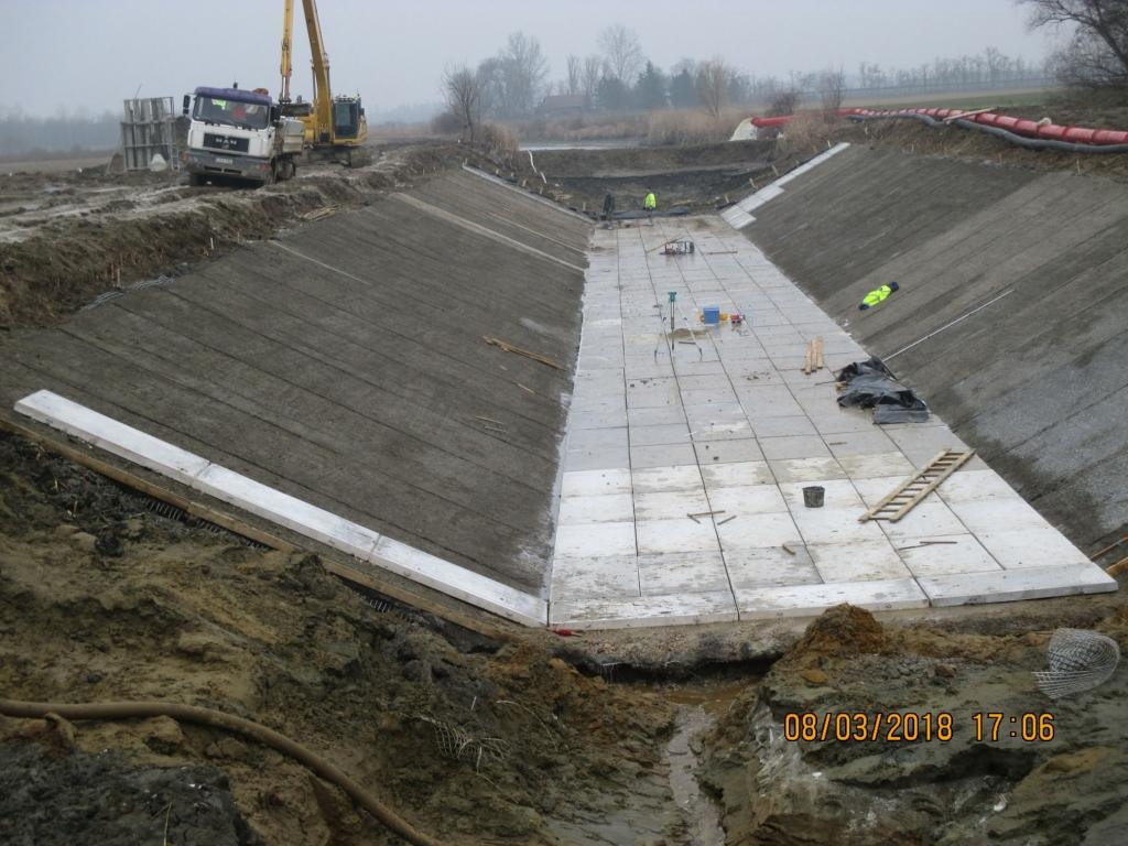 M 44 gyorsforgalmú út építése
